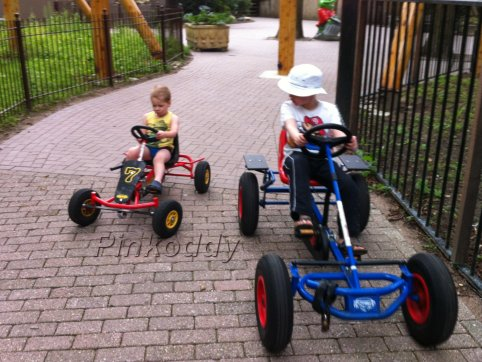 Holland – The Go Karts