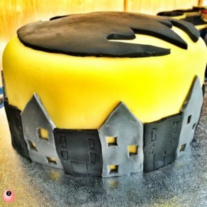 superhero party planning Batman cake