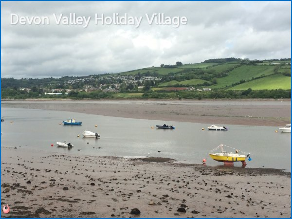 £9.50 Sun Holiday Devon Valley (119) Review