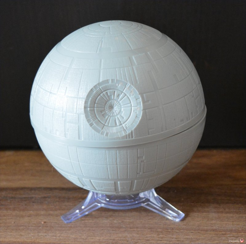 Uncle Milton Death Star™ Planetarium