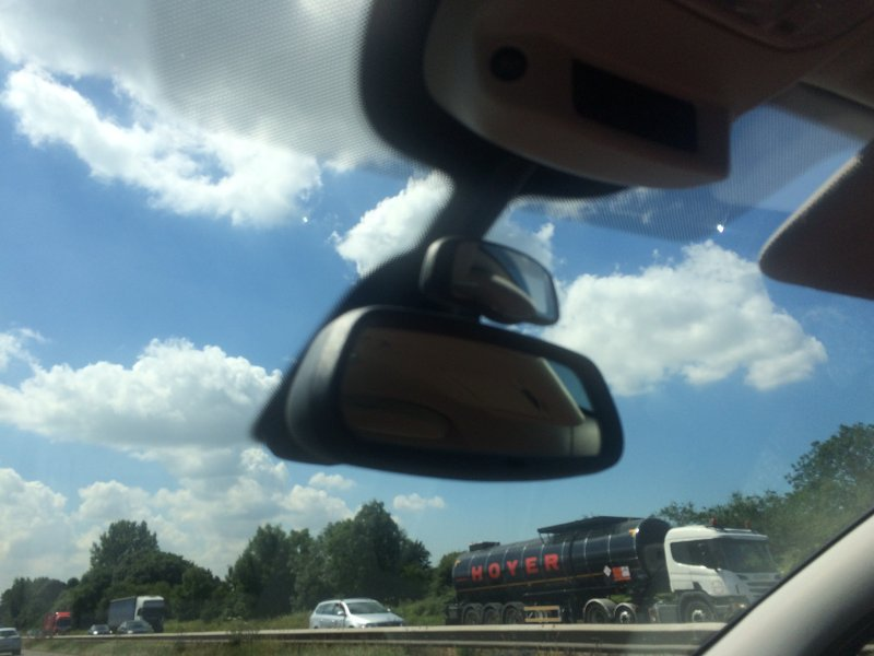 Peugeot 5008 two rear mirrors