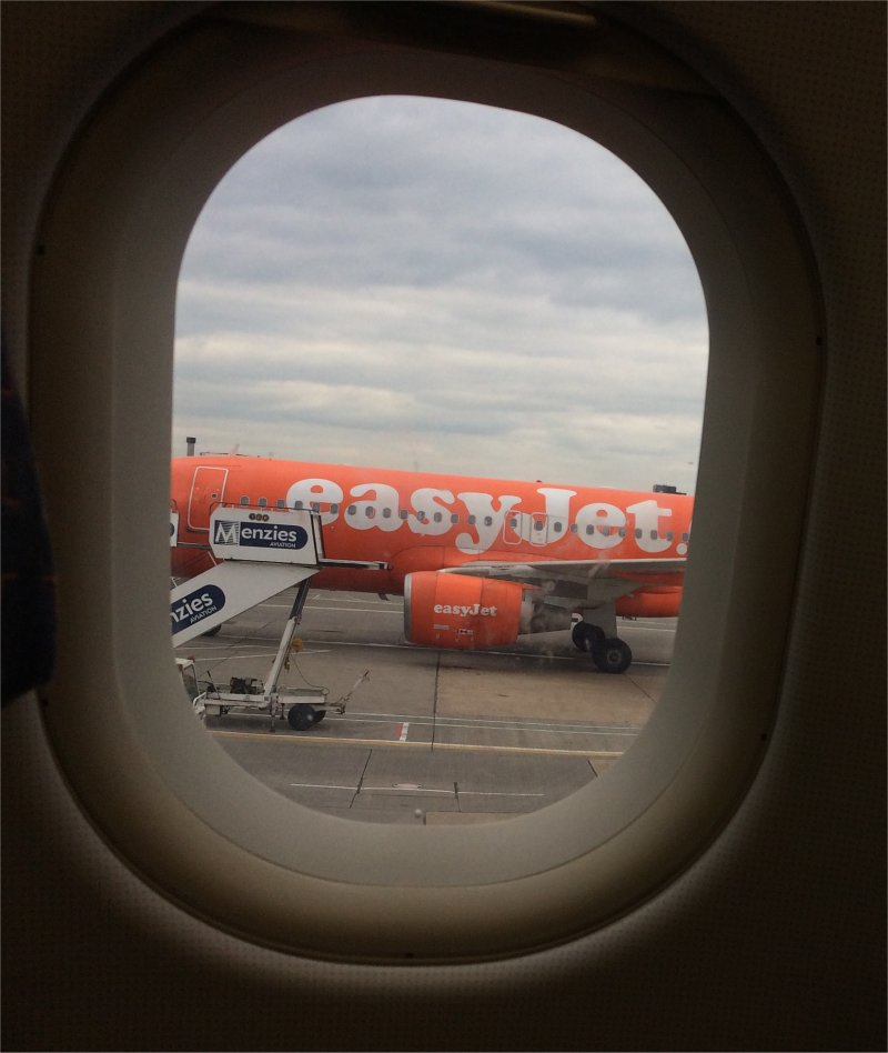 Easyjet budget flight to italy