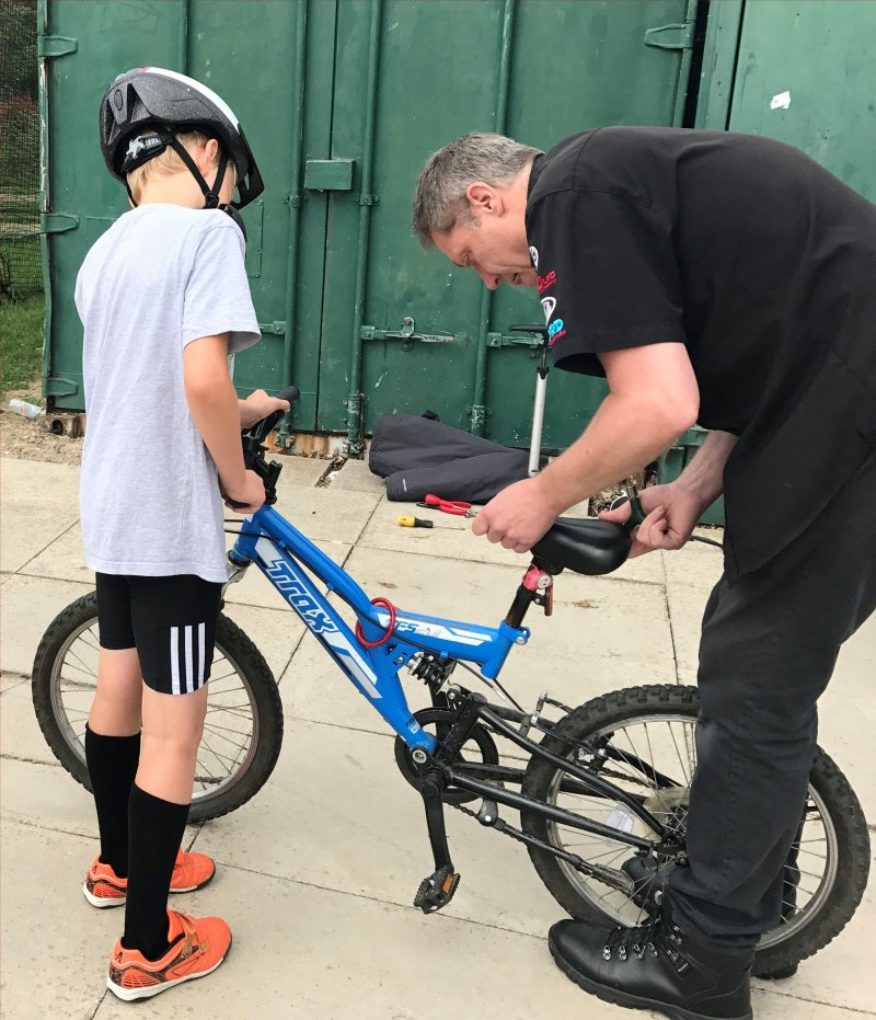 bike check for Junior Triathlon