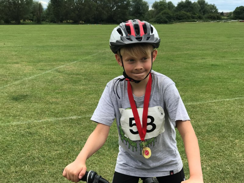 cycling junior tri