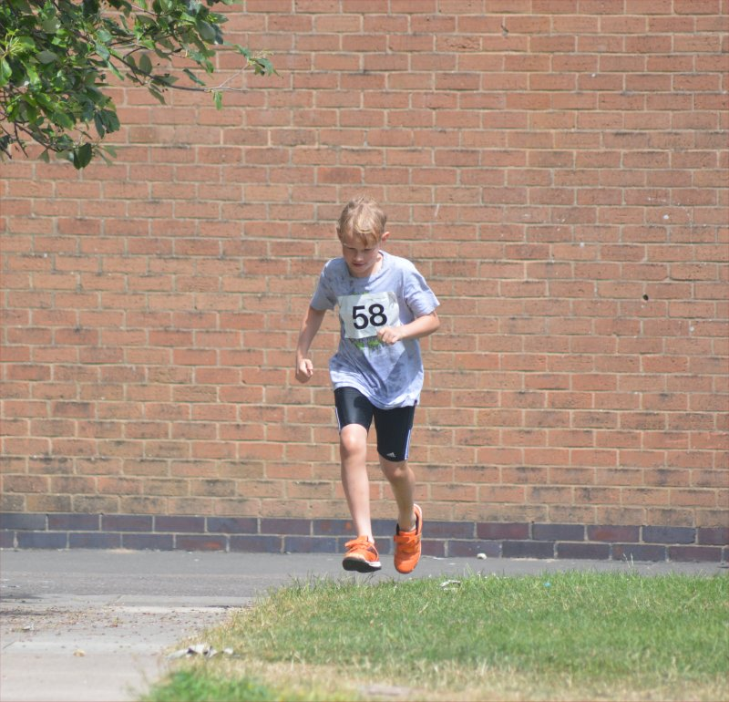 running from the pool Junior Triathlon