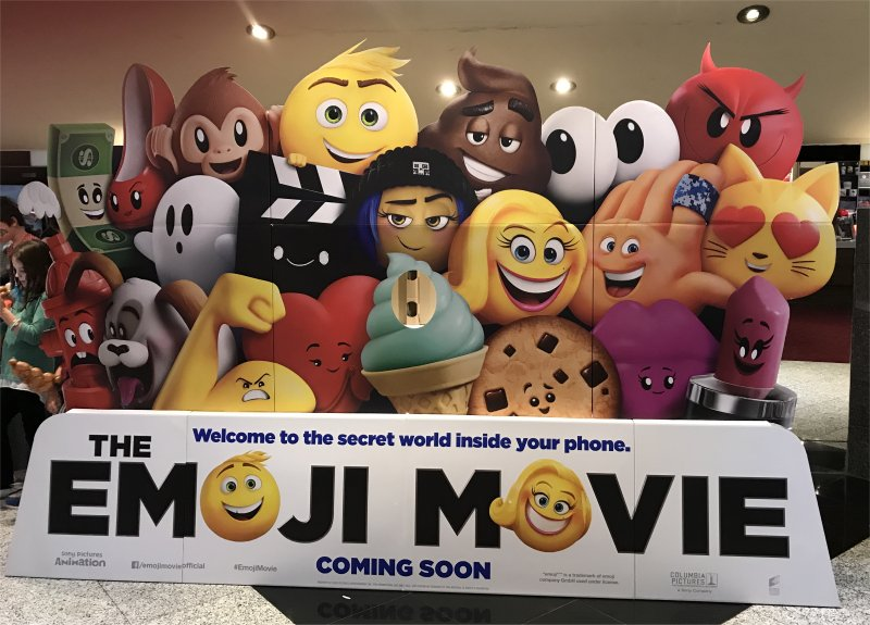 Emoji Movie Review
