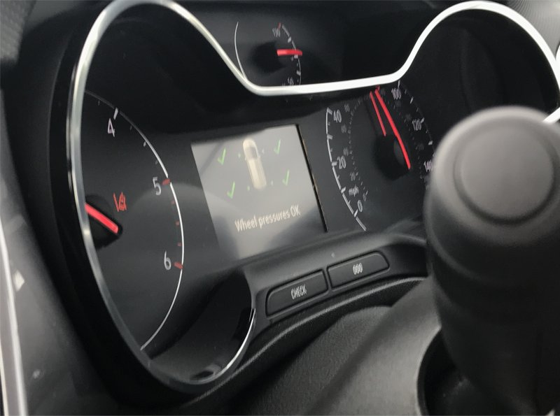 Vauxhall Crossland x digital display