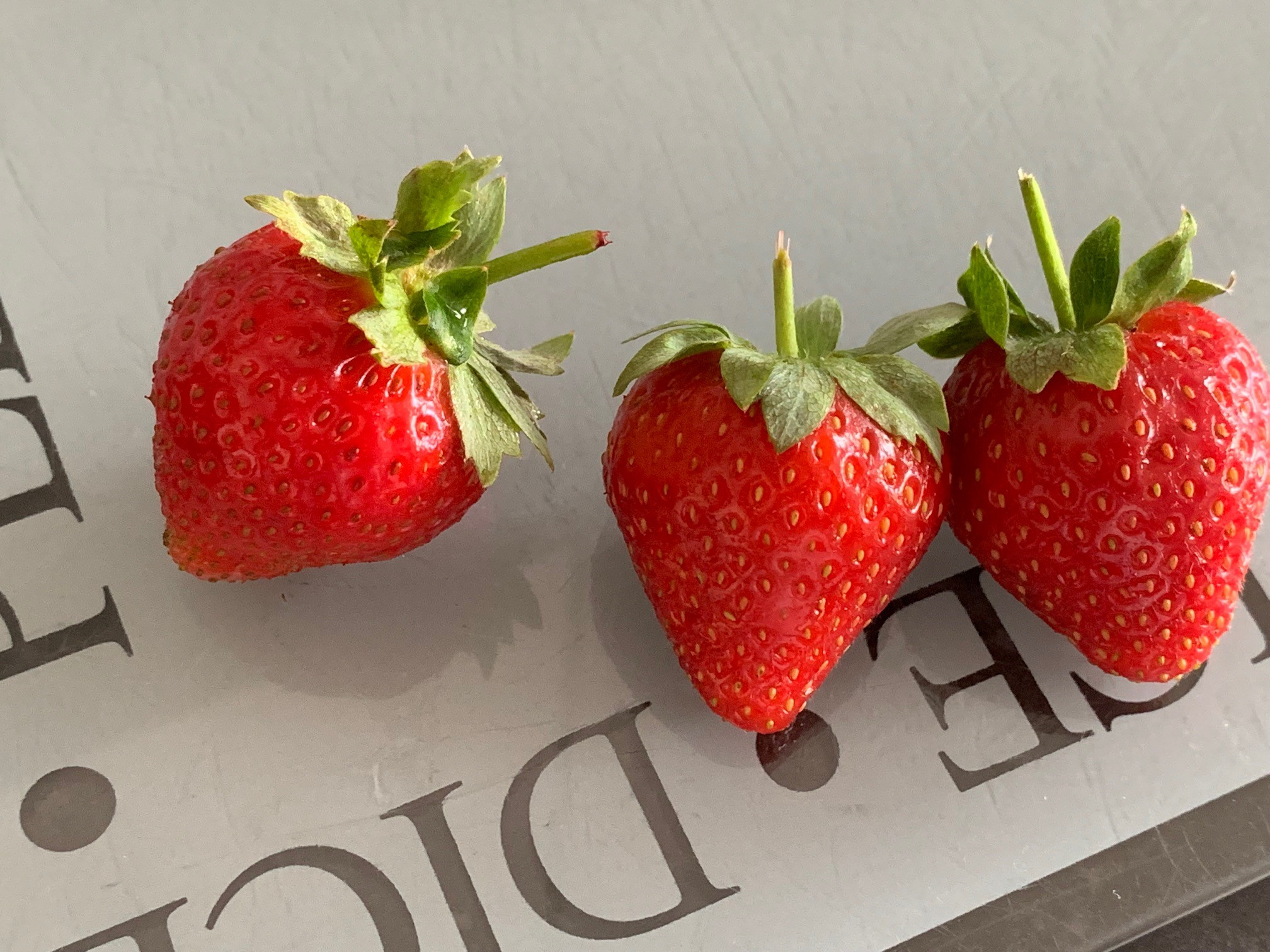 Perfect stalk length to keep strawberries fresher for longer with M&S
