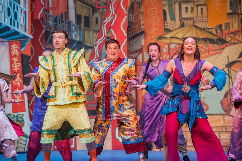 Aladdin at The Roses Theatre Tewkesbury Review